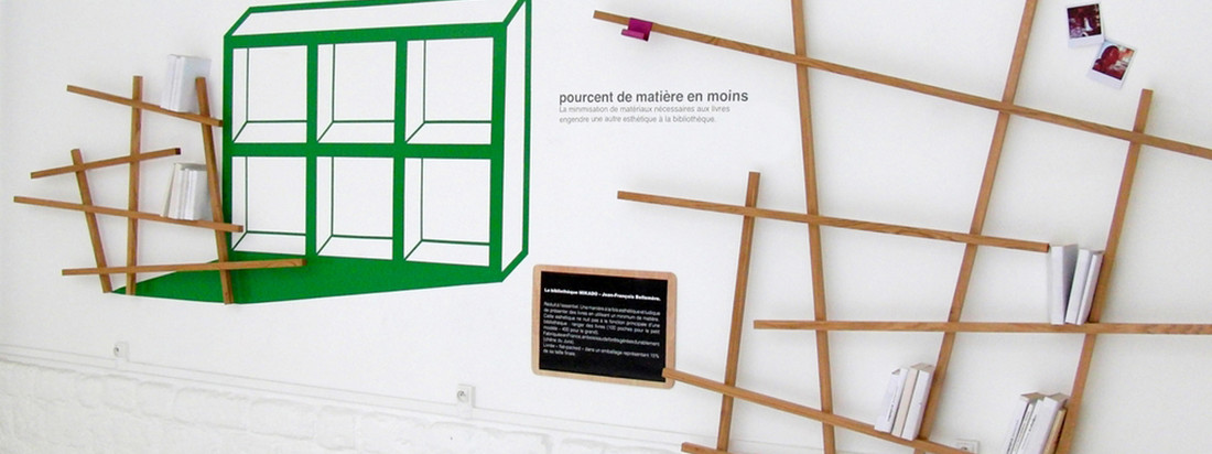 Edition Compagnie wurde von Jean-François Bellemère gegründet. Das Mikado Bücherregal hat seinen Namen aufgrund der dünnen, sich wirr kreuzenden Holzstäbe.