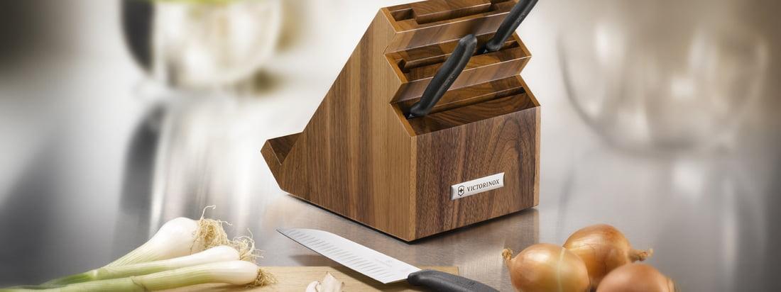 Chroma Cutlery ist ein Hersteller für Besteck und Zubehör wie dem edlen Messerblock aus Holz. Der ideale Platz für hochwertige und besonders scharfe Messer.
