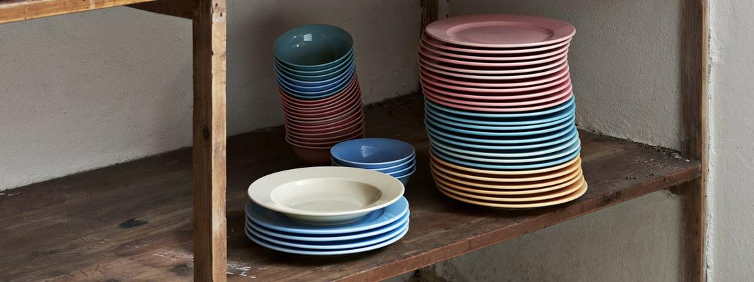 Die Rainbow Schalen und Teller und der Italienische Zuckerstreuer gehören zu der praktischen Kitchen Market Kollektion von Hay, die für die Küche entworfen wurde.