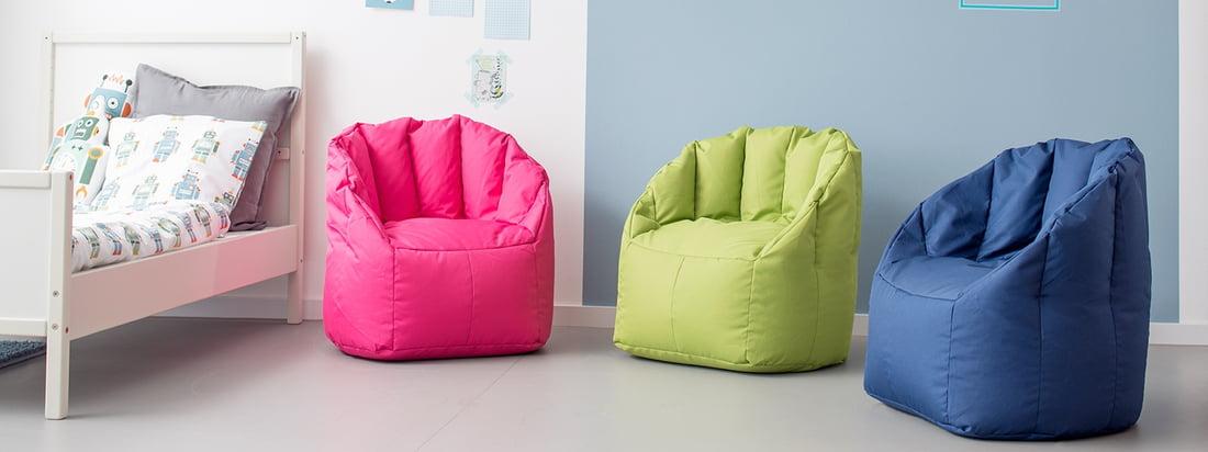 Der mini Shell Sessel von Sitting Bull ist in mehreren kindgerechten Farben erhältlich. Dabei ist der Kindersitzsack nicht nur ein fröhlicher Farbklecks, sondern dank robustem Polytexgewebe besonders pflegeleicht - ideal fürs Kinderzimmer.
