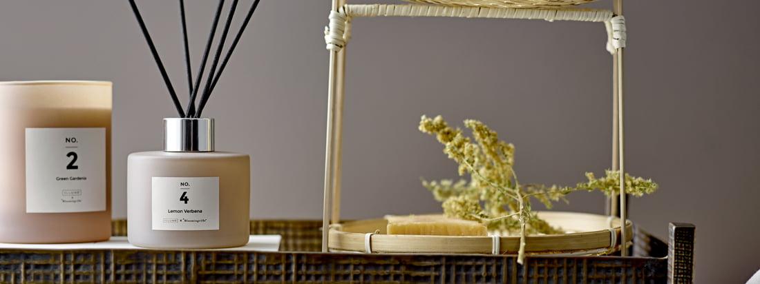 Ob Sandelholz, Amber oder Meeressalz – der handverlesene Duft der Kerze und des Diffusers breitet sich angenehm im Raum aus und die Kerzenflamme zaubert ein atmosphärisches Licht.