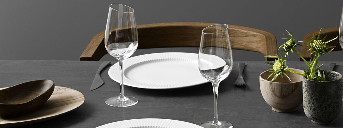 Der Legio Nova Teller schmückt jeden Tisch mit einem dezenten und zeitlosem Rillen-Dekor.