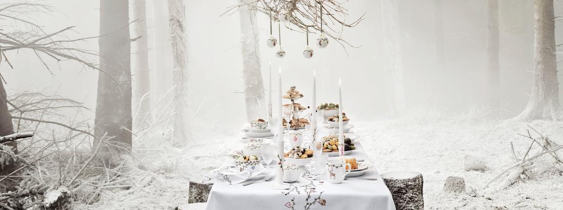 Kähler Design sorgt mit der Hammershøi Weihnachten-Kollektion für ein stilvolles und vornehmes Fest, das mit dem schönsten Geschirr und edlen Deko-Artikeln ausgestattet wird.