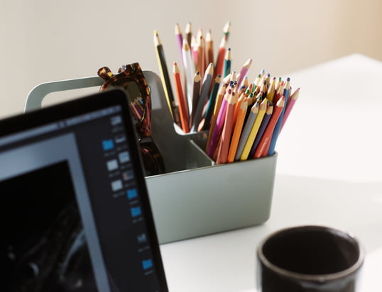 Vitra - Office Inspiration - Homestory - Toolbox