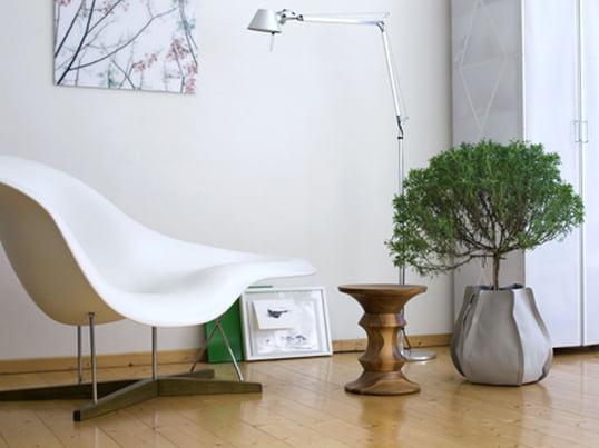 Neben den Pflanzen können nun auch die Pflanzgefäße zum Hingucker werden. Außerdem bieten die Pflanzsäcke eine komfortable und saubere Pflege der Pflanzen. Durch den wasserdichten Innensack wird ein Auslaufen verhindert.