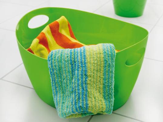 Ob als Organizer im Schlafzimmer, Wäschekorb oder Waschwanne für das Badezimmer - der farbenfrohe Bottichelli Utensilo von Koziol eignet sich optimal zum Aufbewahren von verschiedensten Dingen. Das robuste und stabile Material Polypropylen macht den Aufbewahrungskorb zu einem langlebigen Begleiter.