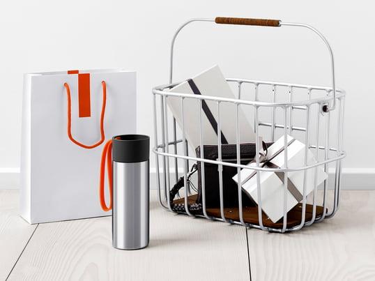 Jährlich landen 6,4 Milliarden Kaffe-to-go-Becher in Deutschland im Müll. Mit einem Thermosbecher schonen Sie die Umwelt und haben Ihren Lieblingskaffee immer bei sich.