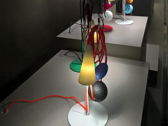 Auf der Mailänder Möbelmesse wurde die Leuchte Filo von Foscarini mit dem Salone del Mobile.Milano Award ausgezeichnet. Designer ist Andrea Anastasio.
