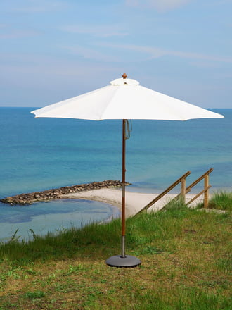Skagerak Catania Design-Sonnenschirm in Weiß