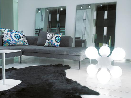 bodenleuchten f r innen und au en kaufen connox shop. Black Bedroom Furniture Sets. Home Design Ideas