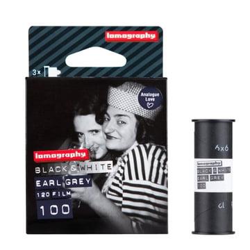 Lomography - 120 Schwarzweißnegativfilm - Verpackung mit Film