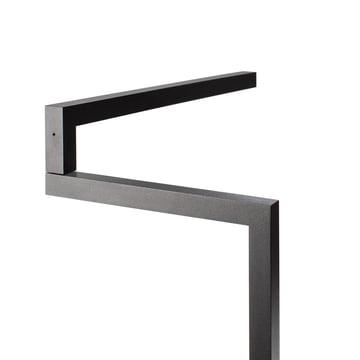 Objekten - Swing Tischleuchte in Schwarz