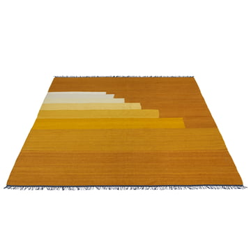 Another Rug AP4 Teppich von &Tradition in Yellow Amber