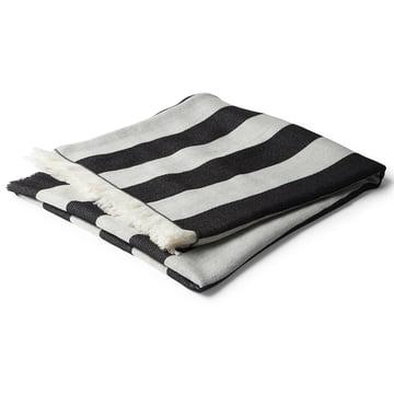 Korsi Decke 130 x 190 cm von Marimekko mit Streifen in Schwarz-Weiß