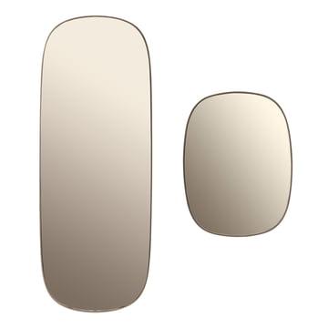 Der Framed Mirror in groß und klein in der Farbe taupe Glas