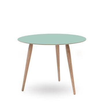 Play Round Laminate Beistelltisch Ø 75 cm von bruunmunch in Dusty Jade / Eiche weißöl
