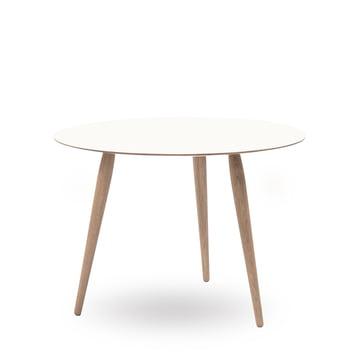 Play Round Laminate Beistelltisch Ø 90 cm von bruunmunch in Crystal White / Eiche geseift