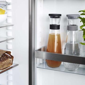 Wasserkaraffe im Kühlschrank