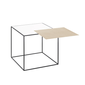 by lassen - Twin 35 Beistelltisch, schwarzer Rahmen, weiß / Eiche