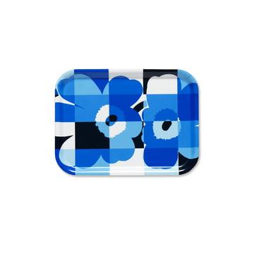 Das Ruutu-Unikko Tablett von Marimekko in Blau / Weiß / Schwarz