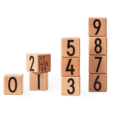 AJ Wooden Number Cubes (10er-Set) von Design Letters