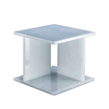 Font Tisch low H 36,2 cm von Pulpo in Polarweiß