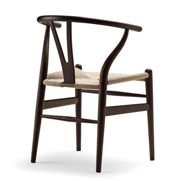 Der Carl Hansen - CH24 Wishbone Chair, Eiche dunkel / Naturgeflecht