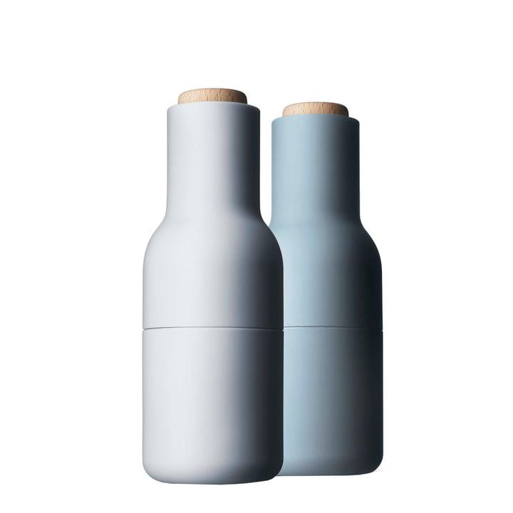 Bottle Salz- und Pfeffermühlen Set von Menu in Hellblau (Holzdeckel)
