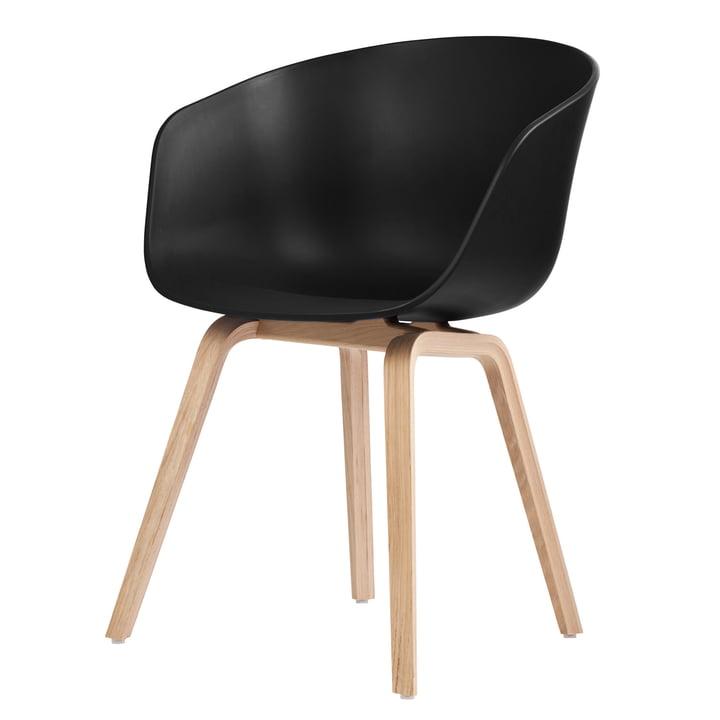 About A Chair AAC 22 von Hay in Eiche geseift / schwarz