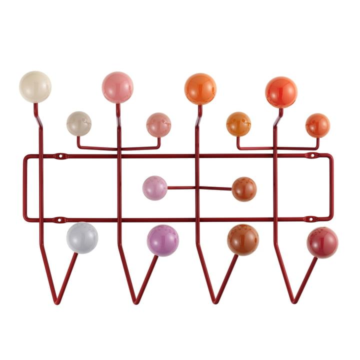 Hang it all Garderobe von Vitra in verschiedenen Rottönen