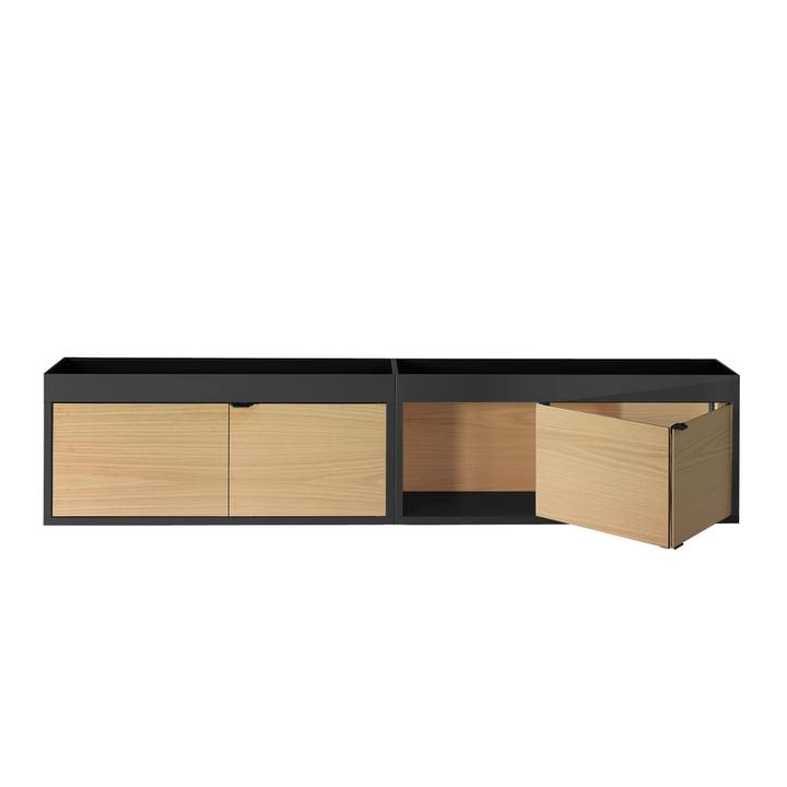 Hay - New Order Hängeschrank, waagerecht mit Ablage, schwarz mit Eichenholztüren