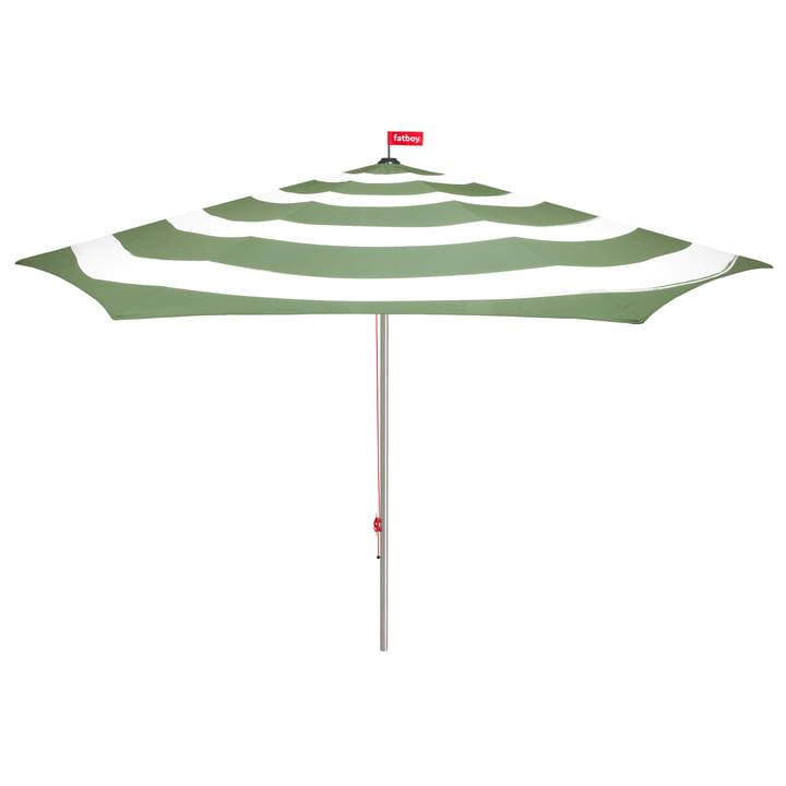 Stripesol Sonnenschirm mit Standfuß von Fatboy in Industrial Green