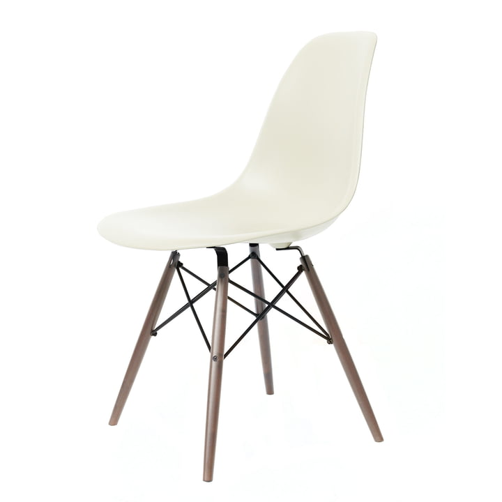 Eames Plastic Side Chair DSW von Vitra in Ahorn dunkel / créme