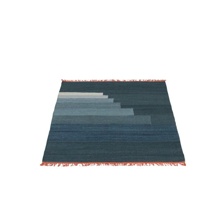 Another Rug AP1 Teppich, 90 x 140 cm von &Tradition in Gewitterblau