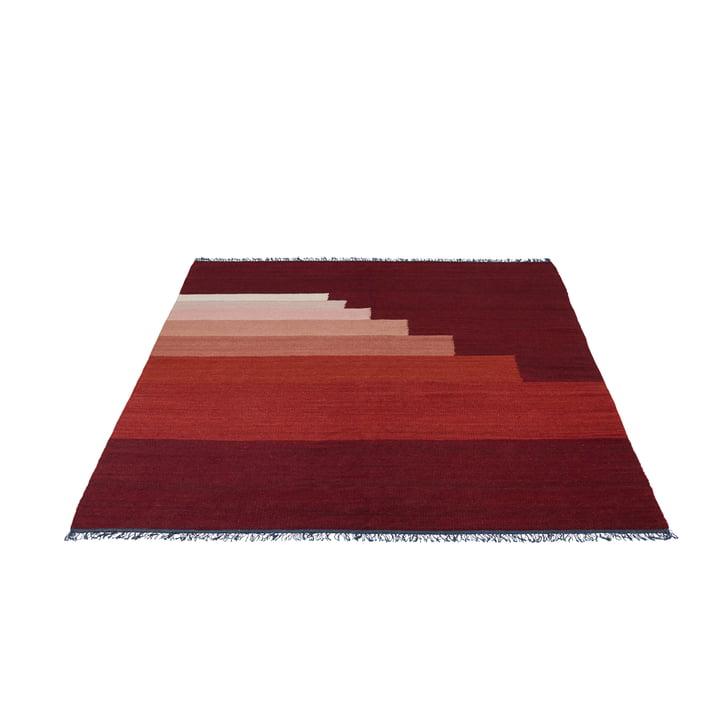 Another Rug AP3 Teppich, 170 x 240 cm von &Tradition in Red Vulcano