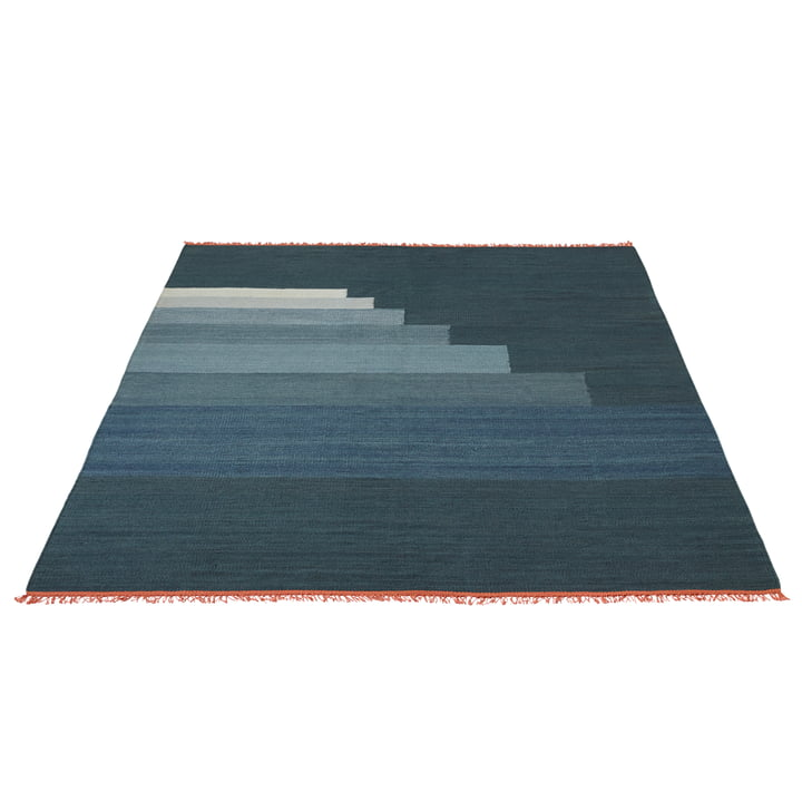Another Rug AP4 Teppich 200 x 300 cm von &Tradition in Blue Thunder