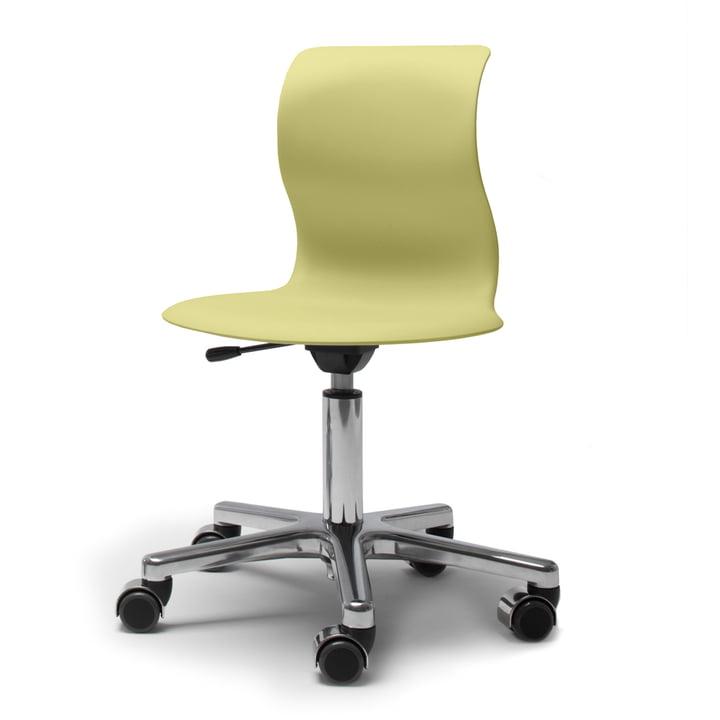 Pro 4 Drehstuhl aus Alu poliert mit Sitzschale in Kiwigrün und weichen Rollen (mit polierter Abdeckung) von Flötotto