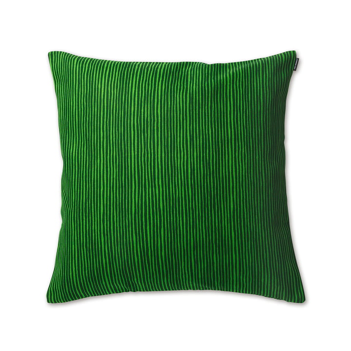 Der Varvunraita Kissenbezug in den Maßen 50 x 50 cm in dunkelgrün / grün