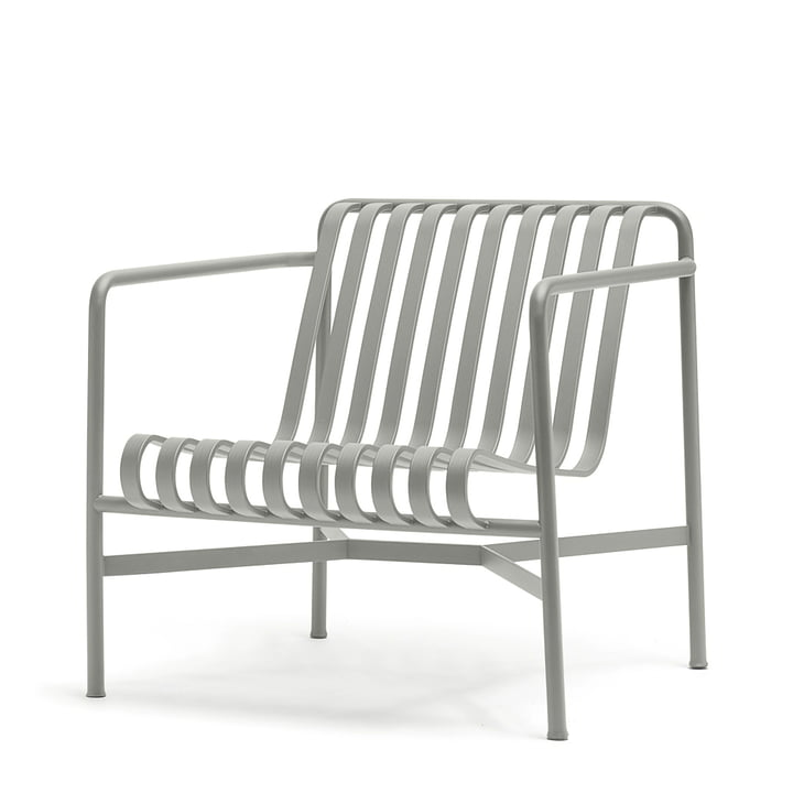 Der Palissade Lounge Chair Low in hellgrau