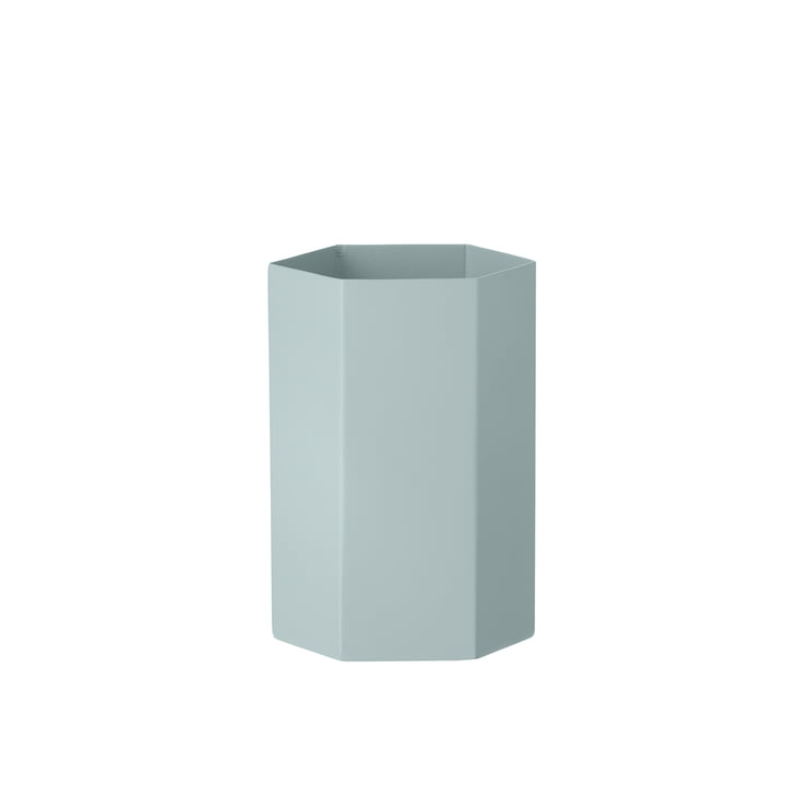 Hexagon Vase von ferm Living in Hellblau