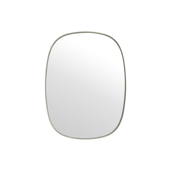 Der Framed Mirror, klein in grau / Klarglas von Muuto