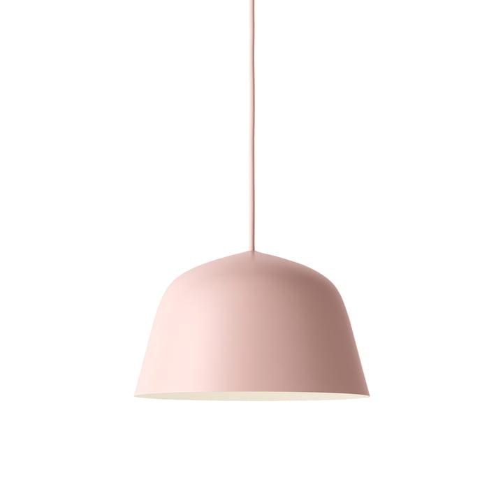 Die Ambit Pendelleuchte Ø 25 cm in rosa von Muuto