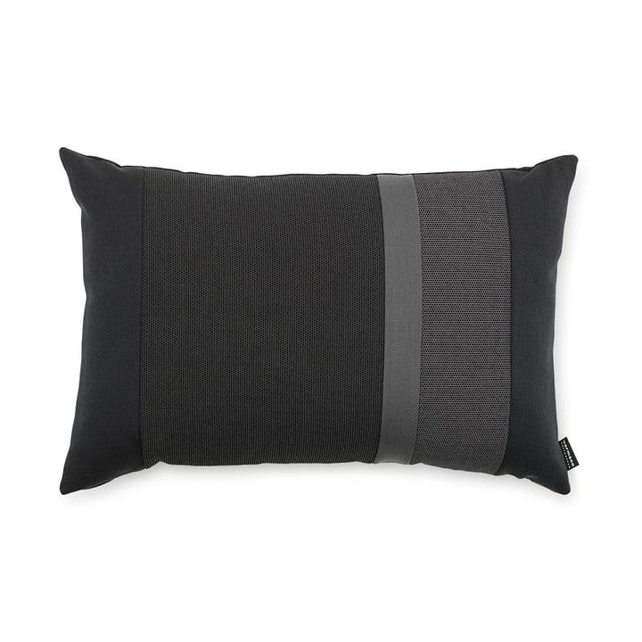 Line Cushion von Normann Copenhagen in der Größe 40 x 60 cm in dunkelgrau