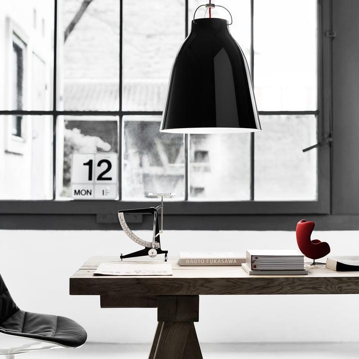 Caravaggio P3 Pendelleuchte im Büro