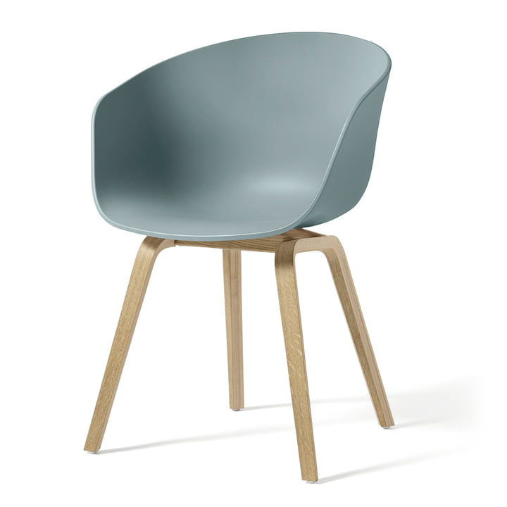 About A Chair AAC 22 von Hay in Eiche geseift / dusty blue