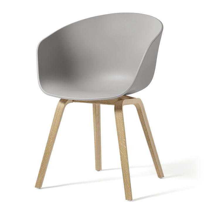 About A Chair AAC 22 von Hay in Eiche geseift / concrete grey