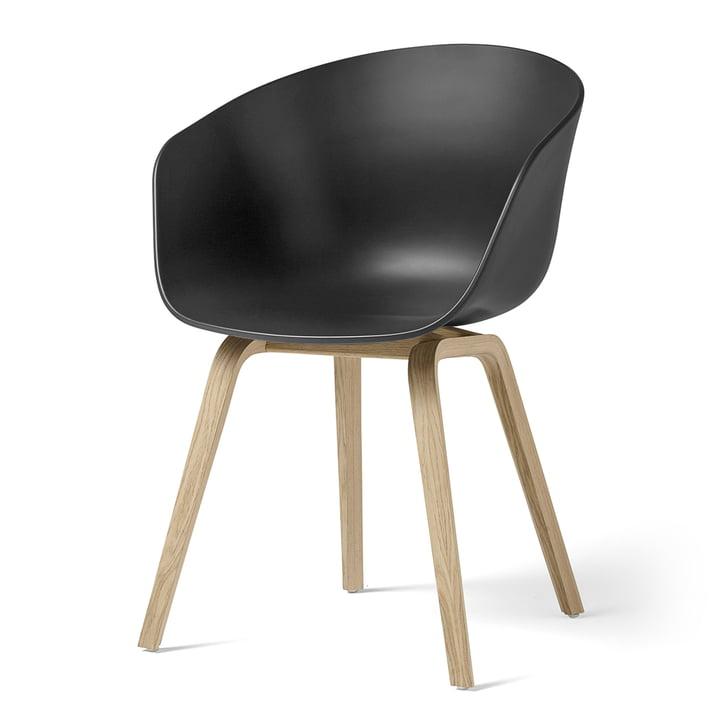 About A Chair AAC 22 von Hay in Eiche matt lackiert / soft black