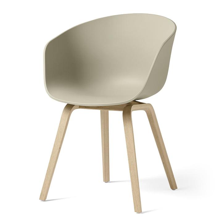 About A Chair AAC 22 von Hay in Eiche matt lackiert / pastel green