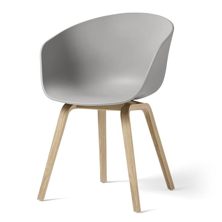About A Chair AAC 22 von Hay in Eiche matt lackiert / concrete grey