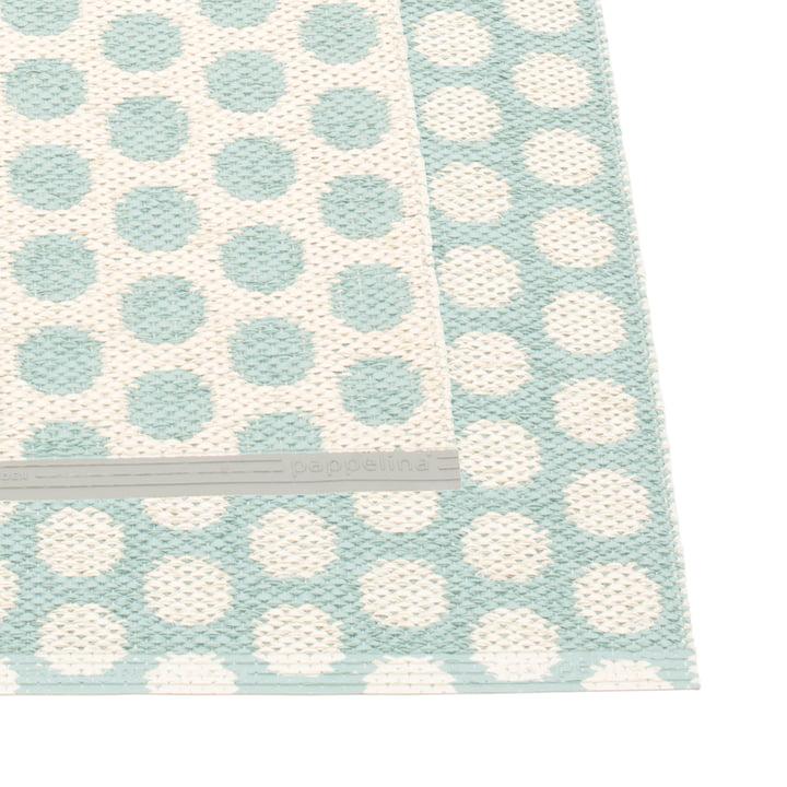 Noa Teppich 70 x 50 cm von Pappelina in Pale Turquoise / Vanilla / Warm Grey Edge